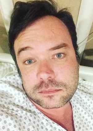 """Felipeh Campos é internado com paralisia facial: """"Susto foi muito grande"""""""