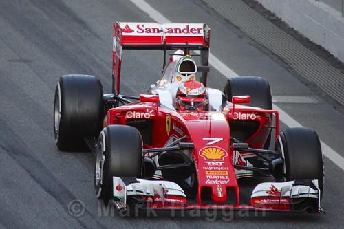 Kimi Raikkonen in his Ferrari during Formula One Winter Testing 2016
