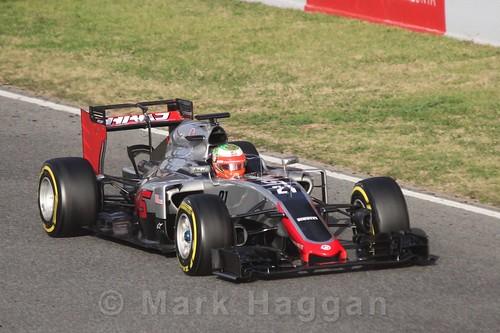 Esteban Gutierrez in the Haas during Formula One Winter Testing 2016