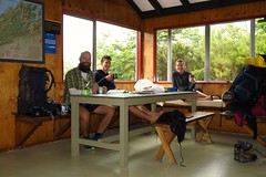 Lunching in one of the DOC huts in the Richmond Range. Nice with some company and shelter from the rain.