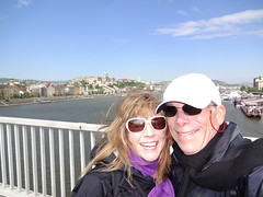 2015 04 29 Windy on Erzebet Bridge on the way to Gellert Hill this morning