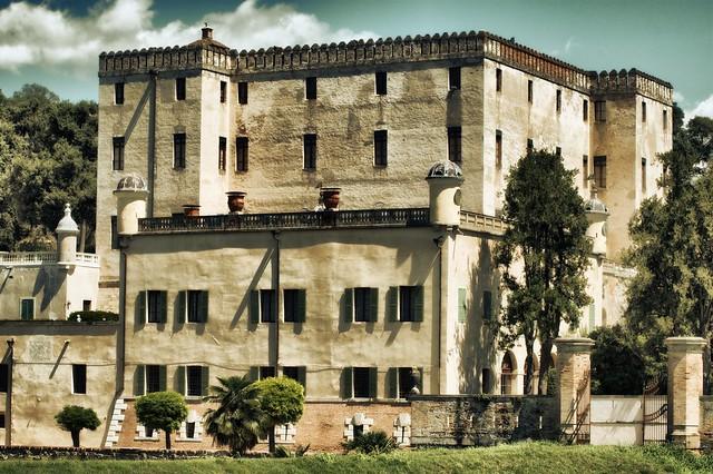 Antico Castello del Cataio