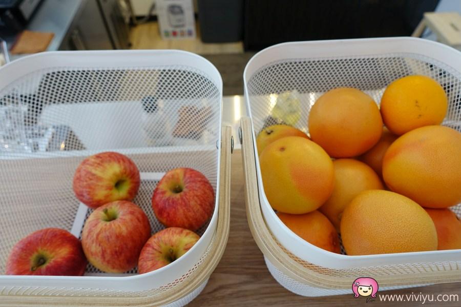 新鮮果汁,桃園果汁,桃園現打果汁,桃園美食,桃園觀光夜市,氣泡水,烤布丁 @VIVIYU小世界