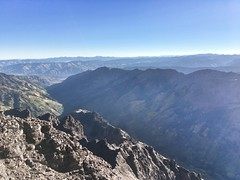 Pyramid Peak summit view towards the northeast
