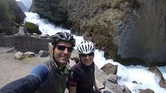 Schäumender Wasserfall unterhalb von Vitis