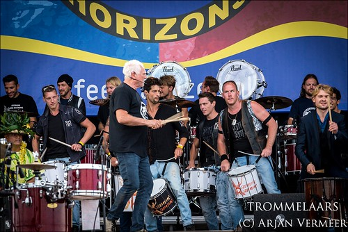 """Four Horizons - 2000 drummers at sea • <a style=""""font-size:0.8em;"""" href=""""http://www.flickr.com/photos/49926820@N08/29663934807/"""" target=""""_blank"""">View on Flickr</a>"""