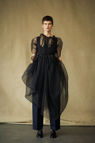 00006-the-row-collection-spring-2019-ready-to-wear-1536611802