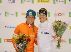 "2018-2-Podium Irene en Bianca • <a style=""font-size:0.8em;"" href=""http://www.flickr.com/photos/89121513@N04/44699811215/"" target=""_blank"">View on Flickr</a>"