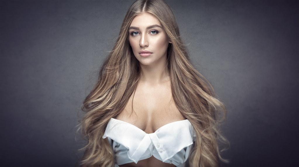 Blonde Bella Dream Hair