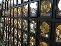 Gold and platinum discs
