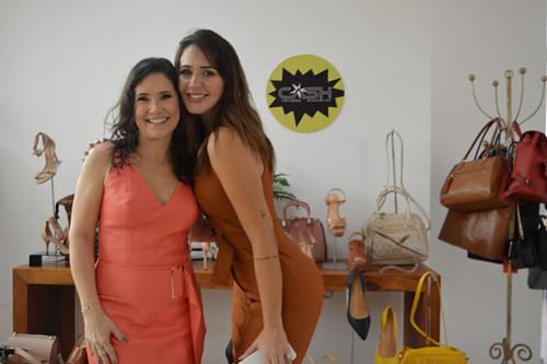 Alessandra e Laryssa, no espaço Cash