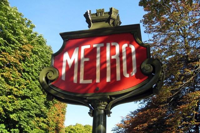 Paris - Franklin D. Roosevelt Métro station