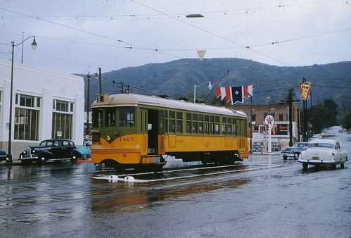004 - L.A.T.L. 5 Line Car 1425 Eagle Rock Terminal 19550430