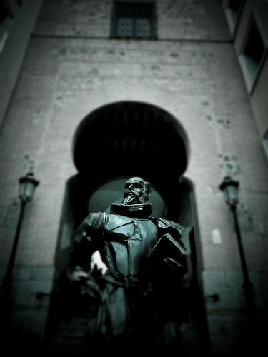 Hacerte una foto con Cervantes, en Toledo