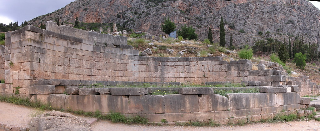 Grecia Oraculo de Delfos Monumento Reyes de Argos panoramica 34