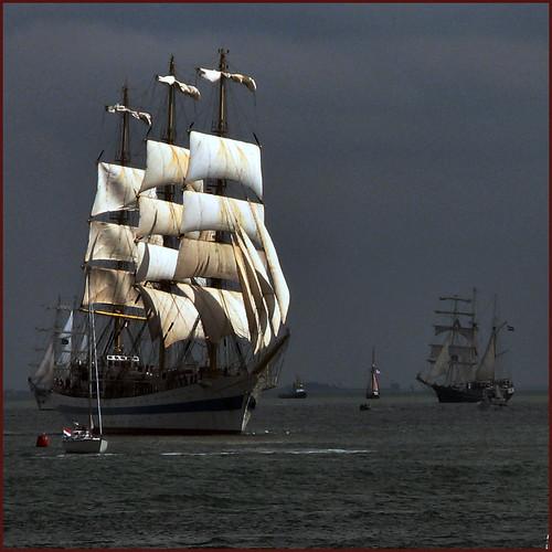 S = sail ship