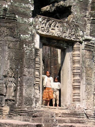 Khmer Kids in Bayon.jpg
