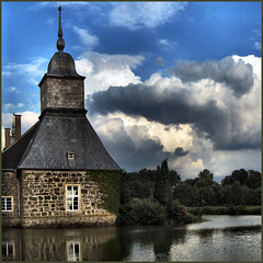 Lembeck Castle in a water mirror