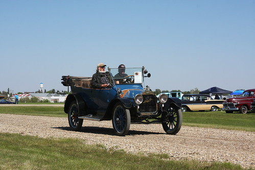 1914 McLaughlin Buick B24
