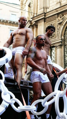 gay builders