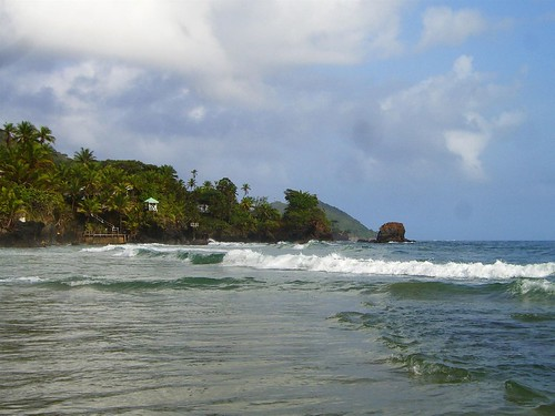 Surf's Inn Bay, Trinidad, Surf