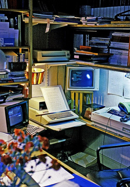 Prehistoric Desktop tools. Apple II & Minitel. Ektachrome 1982.