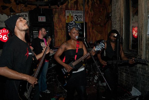 Tamar-Kali and her band in Chicago