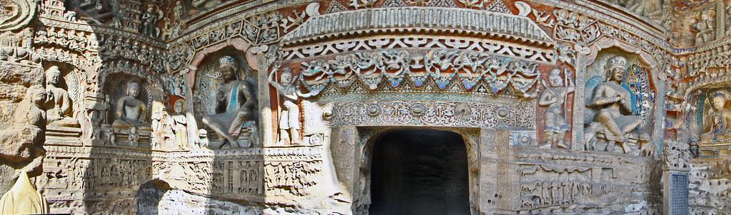 entrada a cueva relieves policromados en Cuevas de Yungang Datong China 29 Patrimonio de la Humanidad Unesco