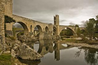Pont Vell de Besalú (Old bridge Besalú - Catalonia)