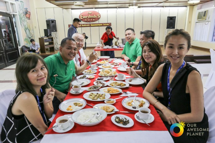 15 H Food Tour!-5.jpg
