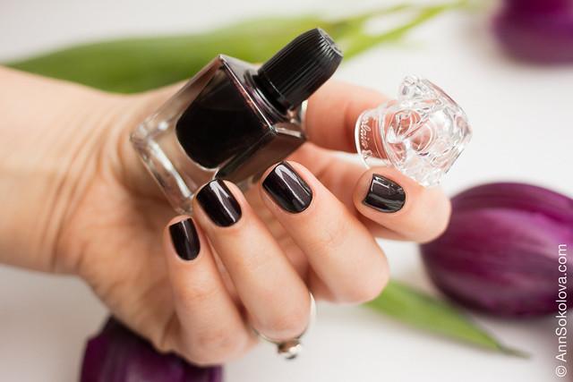 08 Guerlain La Petit Robe Noire Nail Color #007 Black Perfecto swatches Ann Sokolova