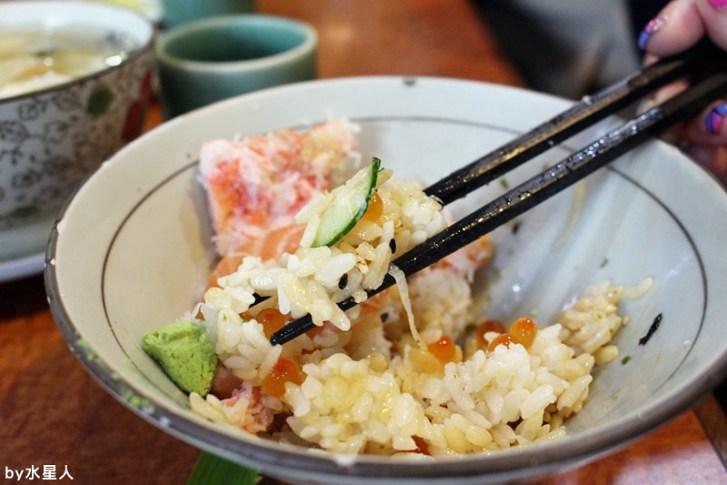 26249125945 f88a6e2b1d b - 台中南屯【高町日本料理】生魚片蓋飯專賣,丼飯大碗新鮮,自行搭配的菜色組合,每一道都美味精緻
