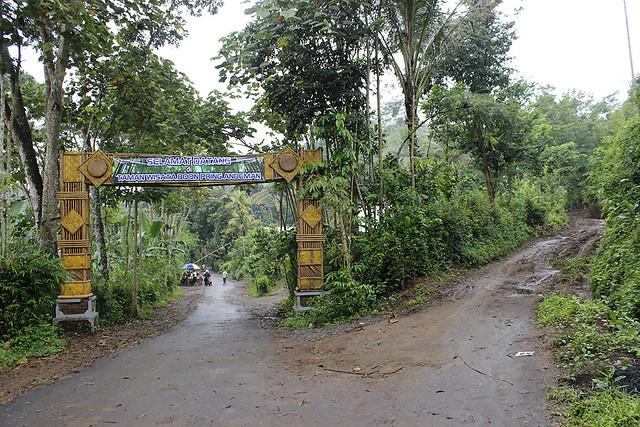 Main di Malang - Andeman - Gerbang Lokasi