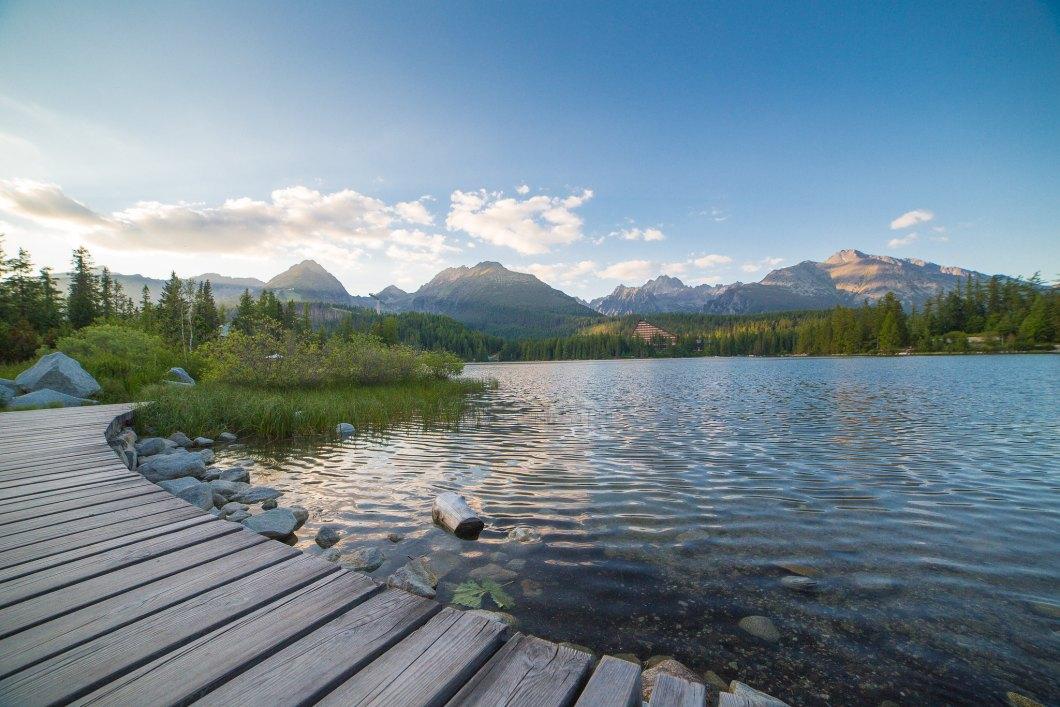 Imagen gratis de un bonito lago