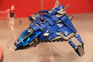LEGO Marvel 76051 Super Hero Airport Battle 7