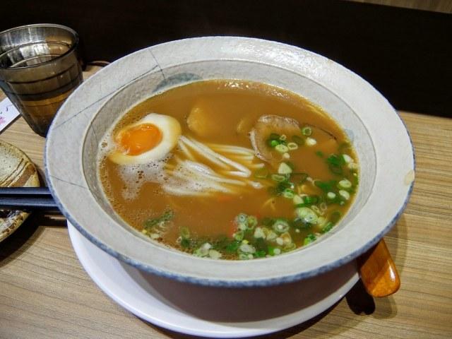 京都拉麵,湯頭比較清淡一些...