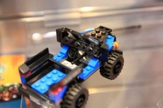 LEGO Marvel 76047 Black Panther Pursuit 7