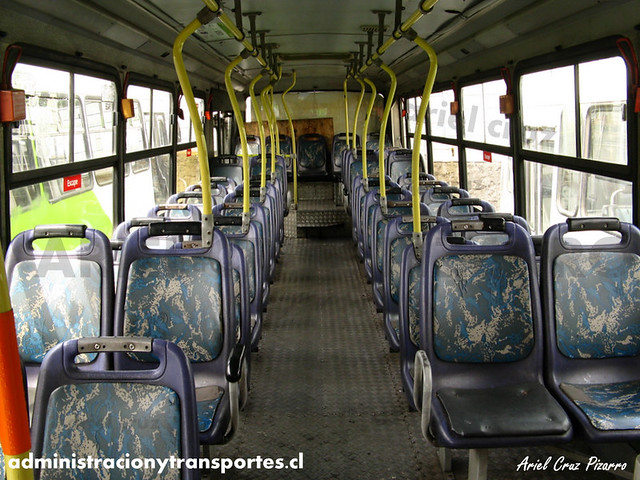 Transantiago (406e) - Terminal La Estrella - Neobus Mega 2000 / Mercedes Benz (VA9831)