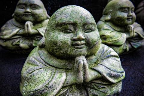 04.02.16 - HAPPY BUDDHAS PRAYING