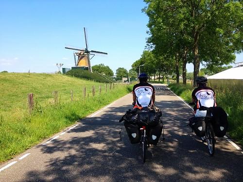 bike and barge tours - bike paths