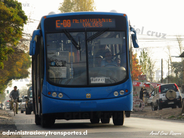 Transantiago - Unitran - Busscar Urbanuss Pluss / Mercedes Benz (BJFP41)