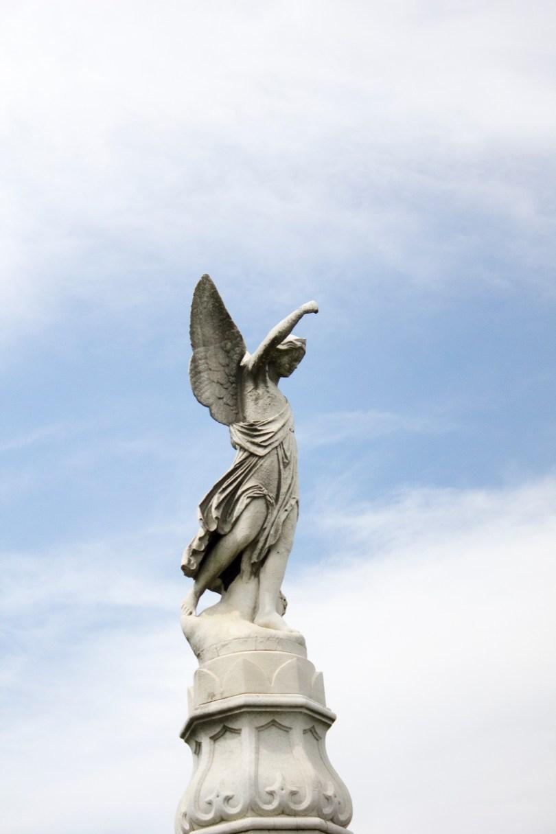 wilmington-brandywine-historical-cemetary-angel-statue