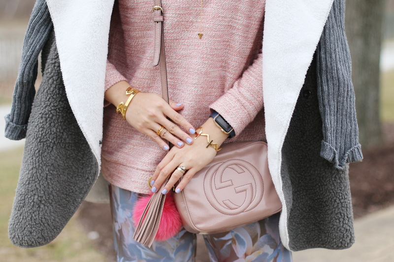 gucci disco soho bag, rose quartz top, gold bangles, accessories