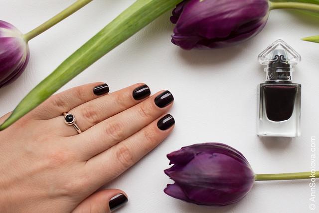 09 Guerlain La Petit Robe Noire Nail Color #007 Black Perfecto swatches Ann Sokolova