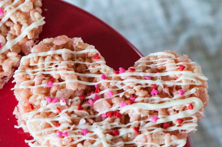 Valentines Rice Krispie Pops 11