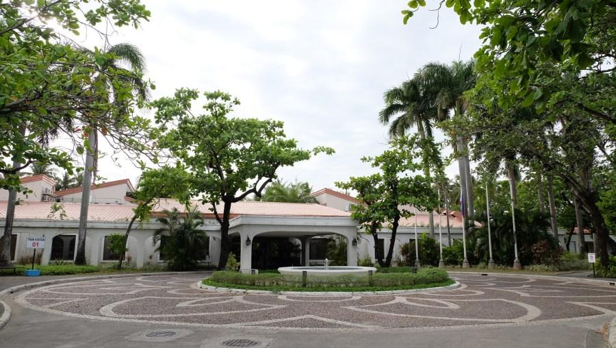 ISLAND COVE HOTEL & RESORTS203