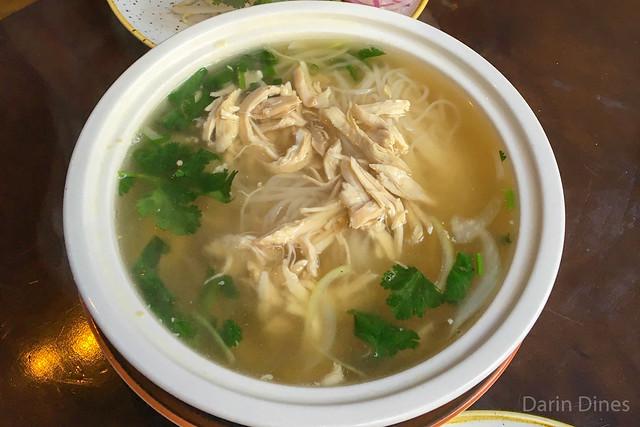 pho ga rice noodles, classic condiment