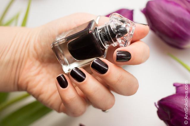 03 Guerlain La Petit Robe Noire Nail Color #007 Black Perfecto swatches Ann Sokolova