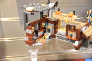 LEGO Star Wars 75148 Encounter on Jakku 6