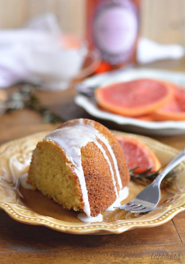 Grapefruit Mimosa Cake! bethcakes.com